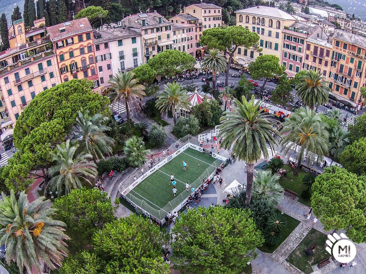 Vista dall'alto della struttura in piazza a Santa Margherita Ligure