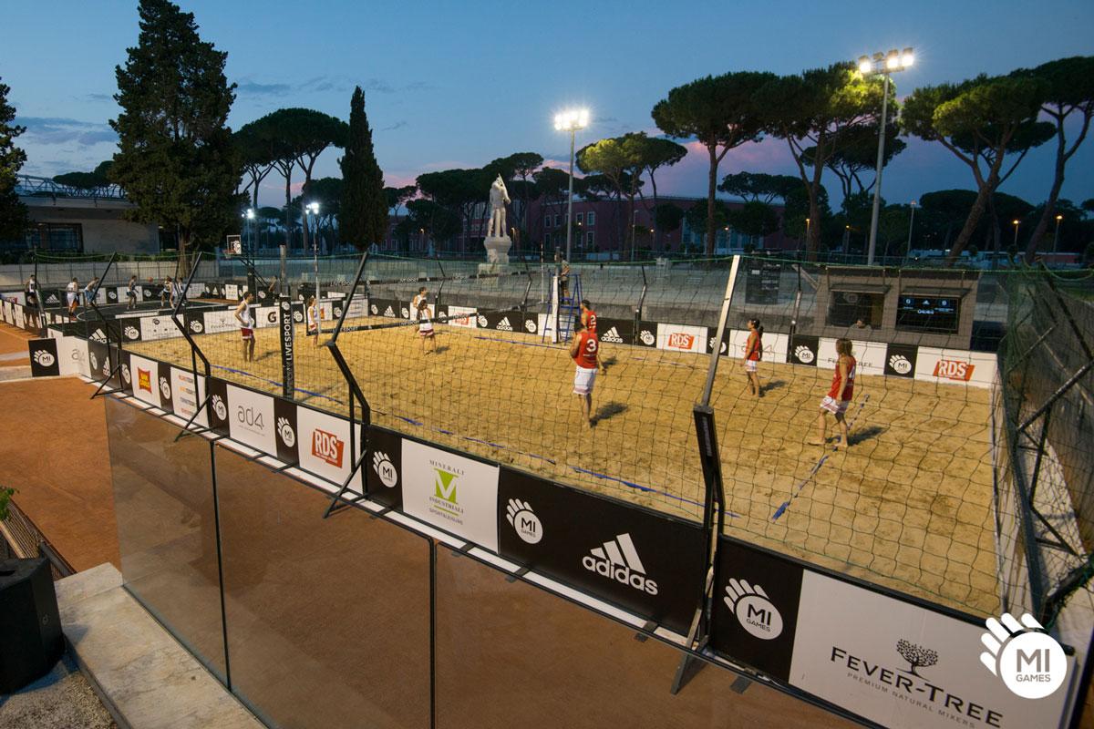 Campo da beach volley per torneo installato al Foro Italico, Roma