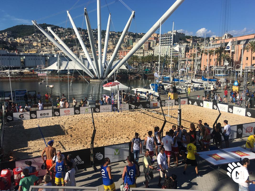 Installazione campo da beach volley temporaneo al Porto Antico, Genova - Mi Games